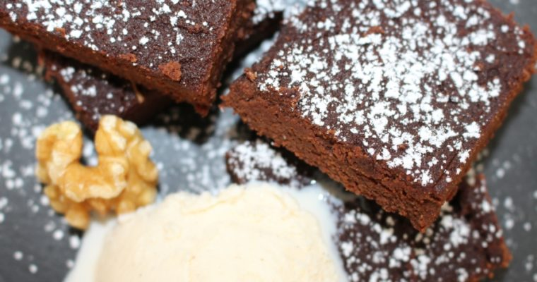 Saftige Avocado Brownies – reuelos genießen