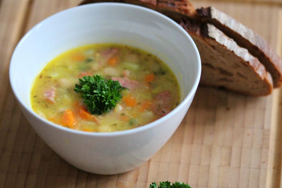 Weiße-Bohnen-Eintopf – mehr als nur eine Suppe